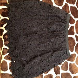 Size 2X Black floral skirt